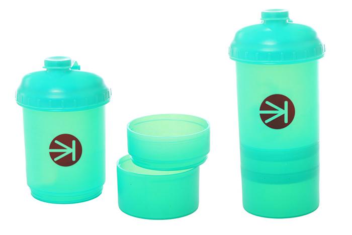 Shaker triple. Material: P.P.