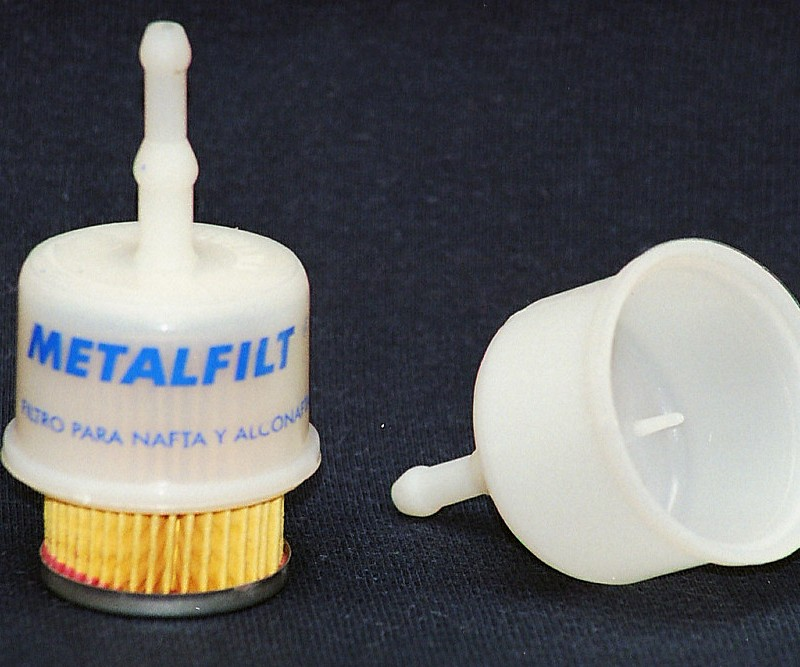 Carcazas para filtros de nafta Material: PA6