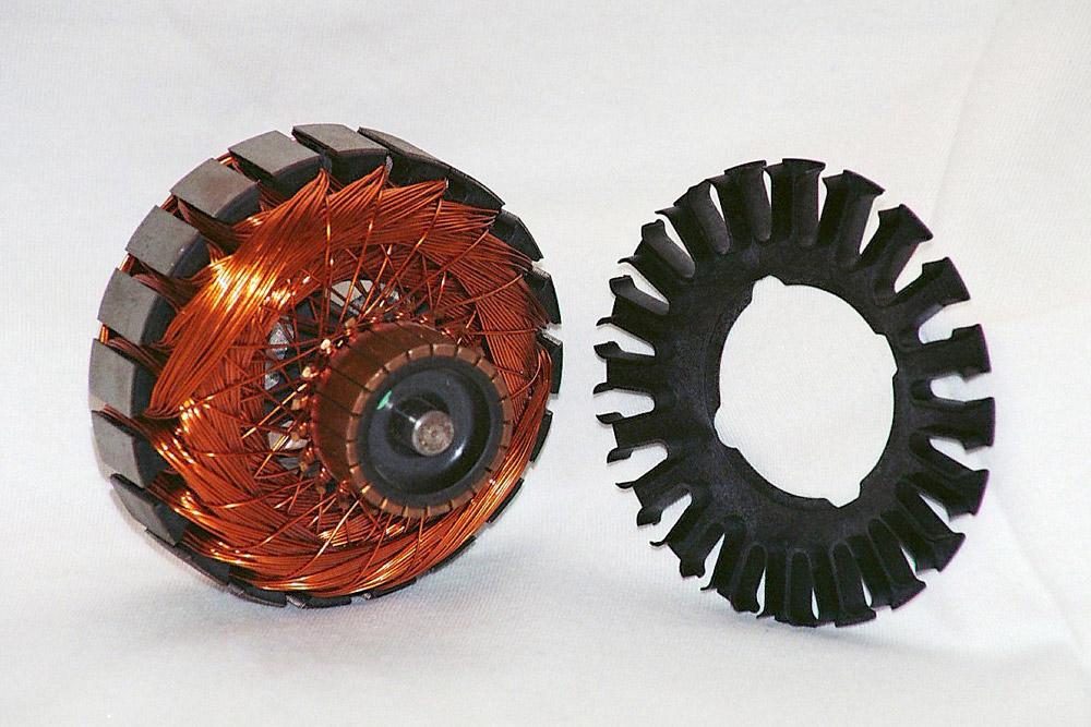 Estrella aislante para motor electroventilador automotor Material: Stanyl