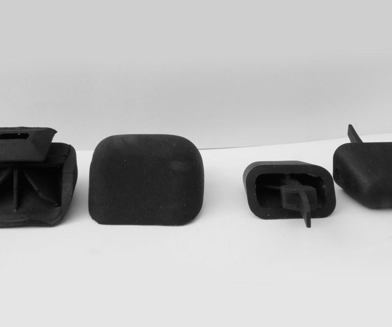 Topes de goma para portapaquetes Renault Clio Material: Santoprene